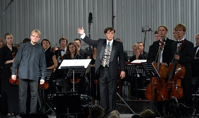 Arturo Tamayo, Szymon Bywalec and K.Szymanowski Academic Symphony Orchestra at Warsaw Autumn 2007
