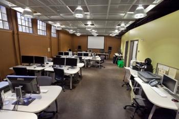 DXARTS Computing Lab in Raitt Hall