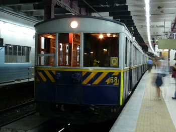 A Line: original 1913 car of subway line A, Buenos Aires